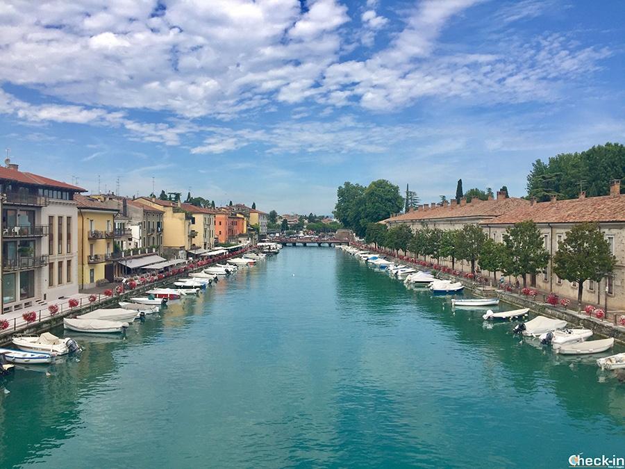 """Iconic places in Peschiera del Garda: """"canale di mezzo"""""""