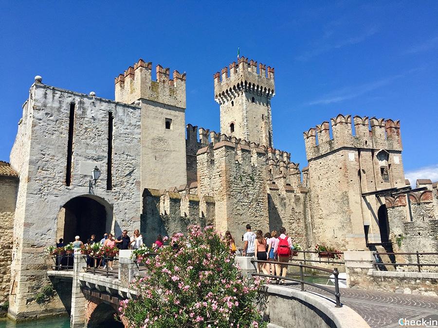 Top touristi destinations in northern Italy: Sirmione (Lake of Garda)