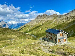Sentiero dalla Casermetta al Col de la Seigne in Val Veny
