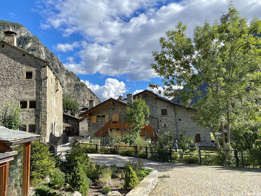 3 luoghi da visitare vicino a Courmayeur: borgo di Entrèves