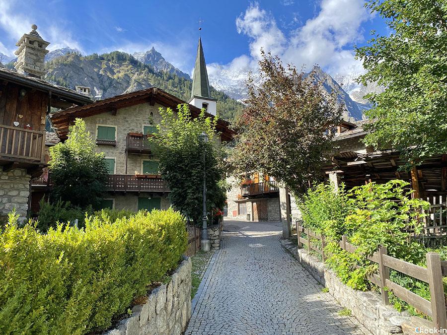 Informazioni su Entrèves, frazione di Courmayeur sulle pendici del Bianco (Valle d'Aosta)