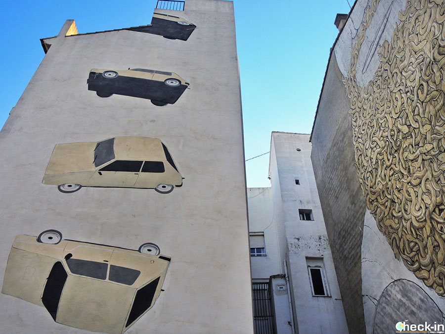 Graffiti en la Plaza Tossal de Valencia - España del sur