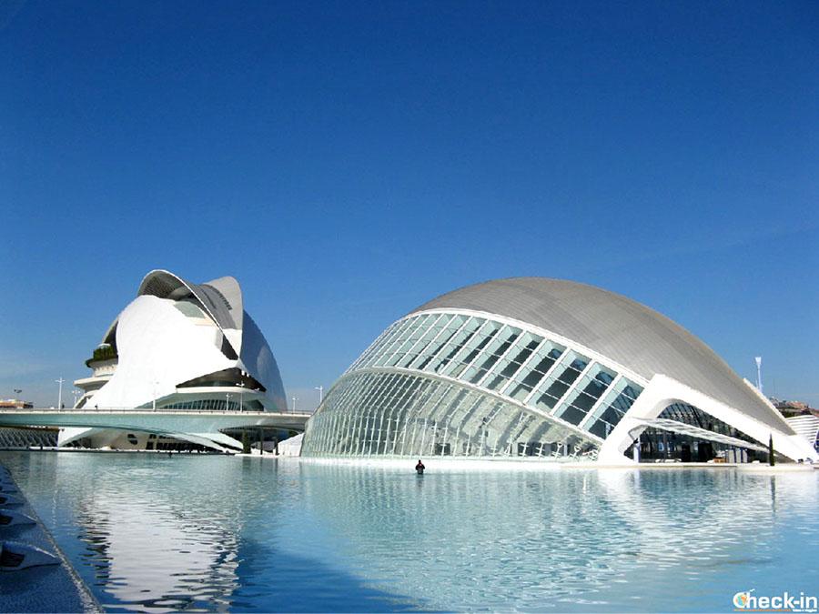 Sitios de interés en la Ciudad de las Artes y Ciencias de Valencia - Palau Arts Reina Sofía y Hemisfèric