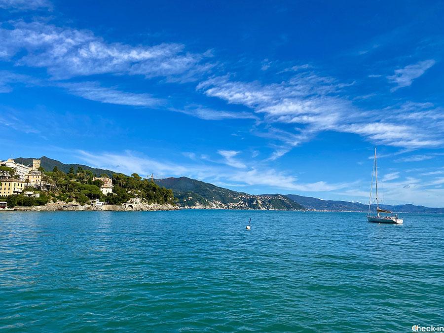 Panorama del Golfo del Tigullio e la Villa del Trattato di Rapallo (Liguria di levante)