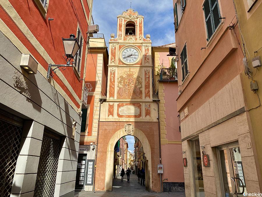 Porta Passorino a Loano - Provincia di Savona, Liguria