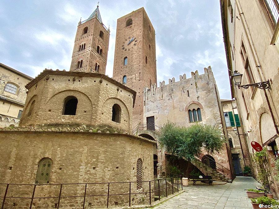 Patrimonio artistico-culturale nel centro medievale di Albenga, il meglio conservato della Liguria