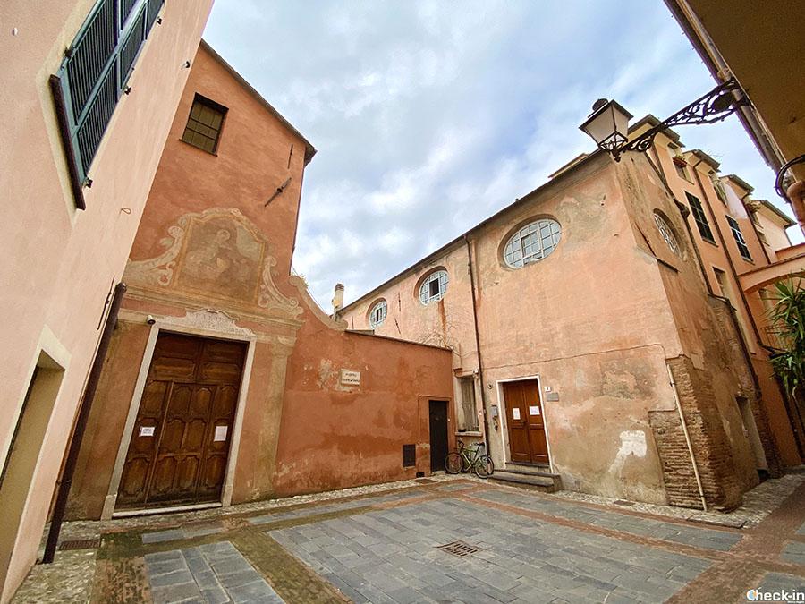 Luoghi da visitare nel centro medievale di Albenga (Liguria) - Oratorio di NS della Misericordia