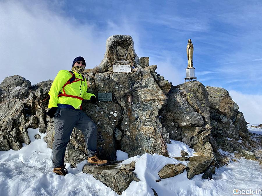 Statua della Madonna sul monte Reixa (1.182 m) - Arenzano, Liguria di ponente