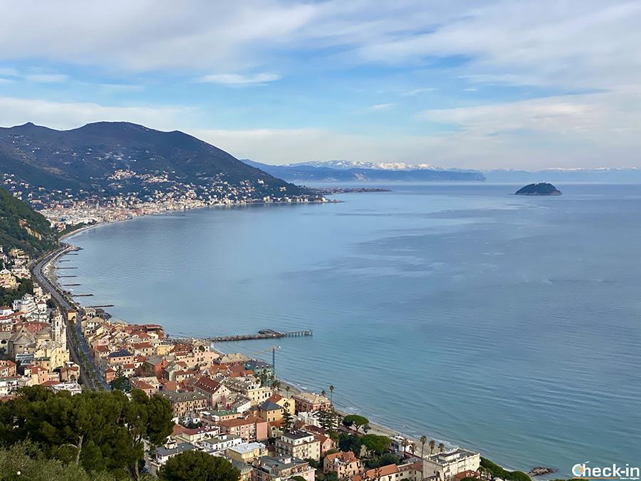 Come raggiungere Colla Micheri da Laigueglia in auto e a piedi (Liguria)