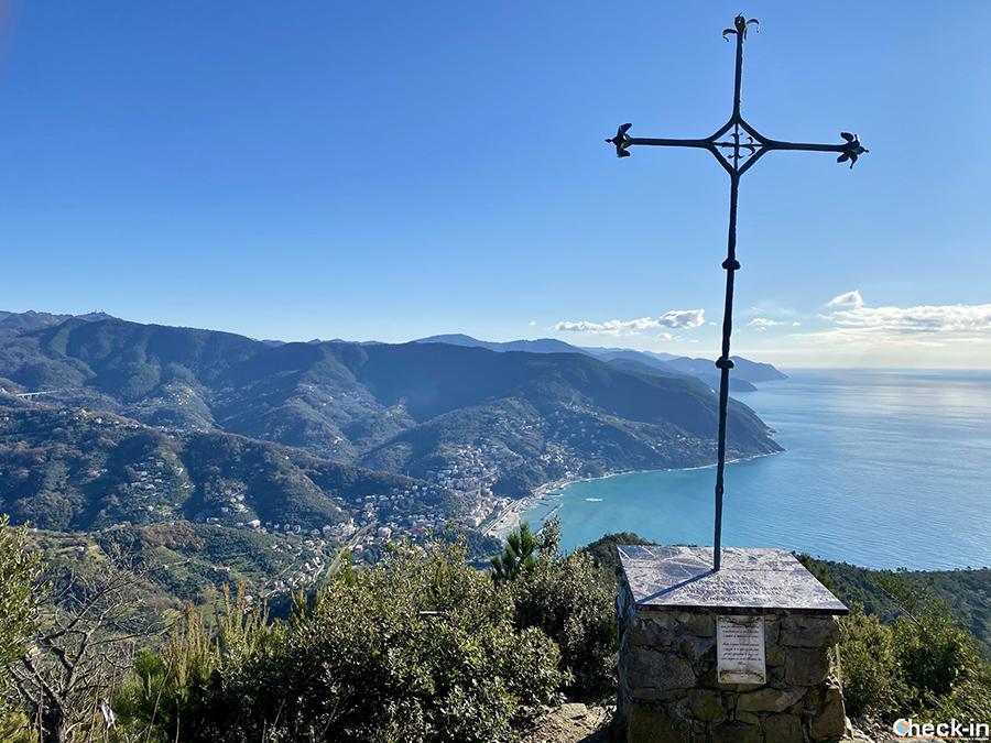 Sentieri della riviera ligure di levante, tra Moneglia e Riva Trigoso - Monte Comunaglia (444 m)