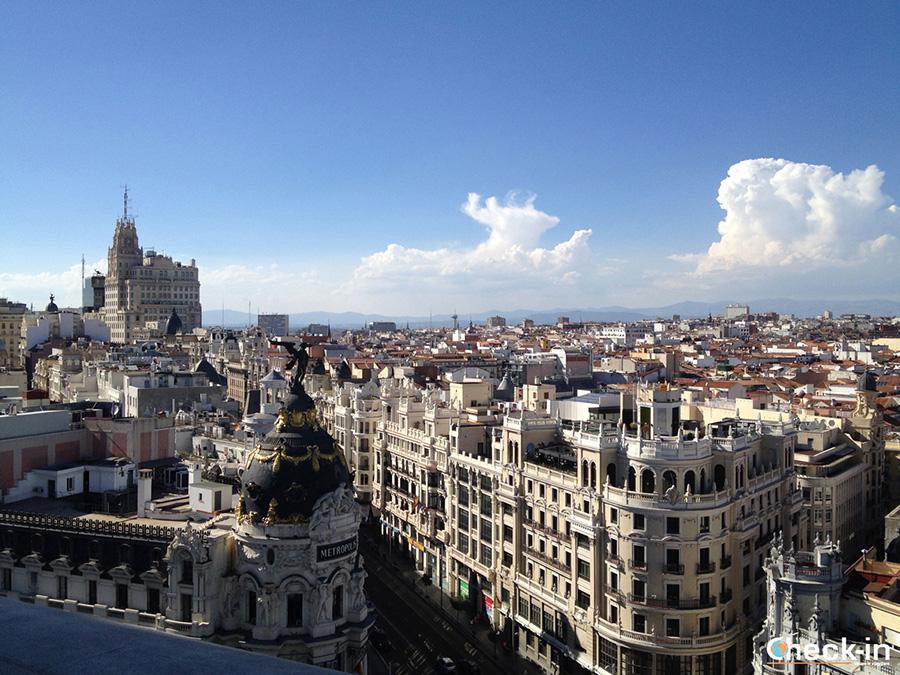 9 tours a pie que no hay que perder en Madrid - España del centro