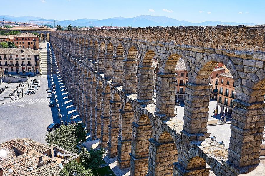 Las 17 mejores excursiones guiadas desde Madrid: visita del casco antiguo de Segovia y su Acueducto