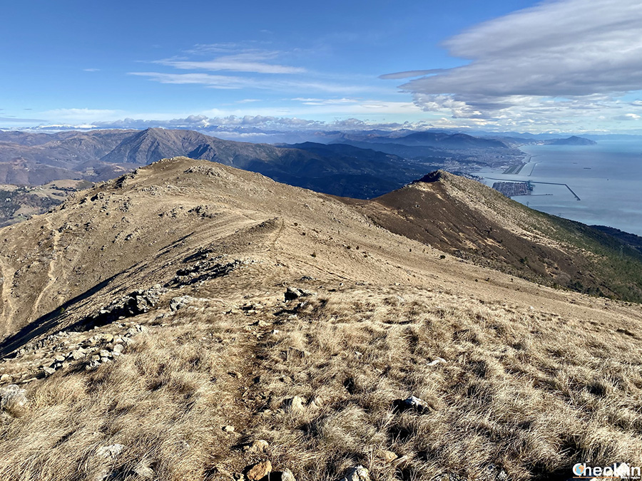 Escursione sul monte Tardìa di Ponente (928 m) da Arenzano - Parco Beigua, Liguria
