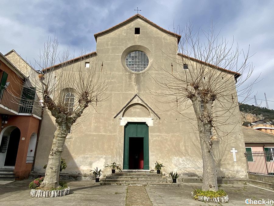 Partenza dell'anello del Monte Gazzo da Costa di Sestri Ponente - Genova, Liguria