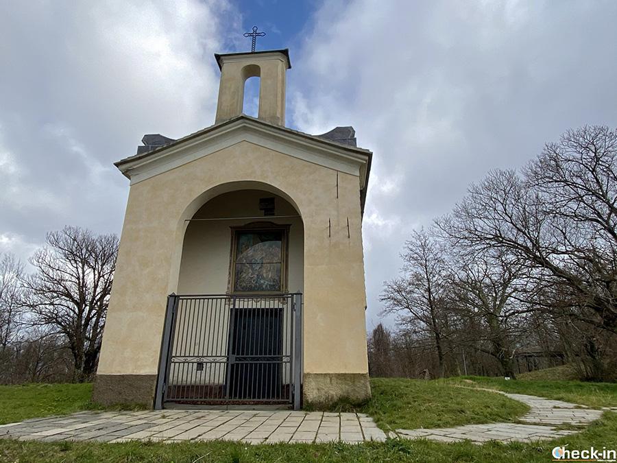 Cappella sul M.te San Giacomo (547 m) in Val Fontanabuona - Lavagna, Liguria di levante