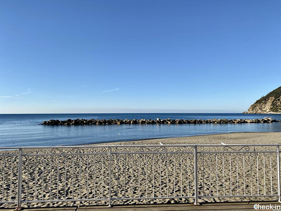 Spiagge più belle della Liguria: Moneglia, provincia di Genova
