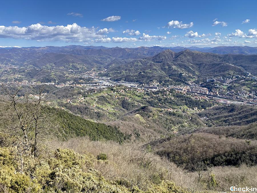 Cime panoramiche dell'Appenino ligure: Monte Teiolo da Genova Sestri Ponente