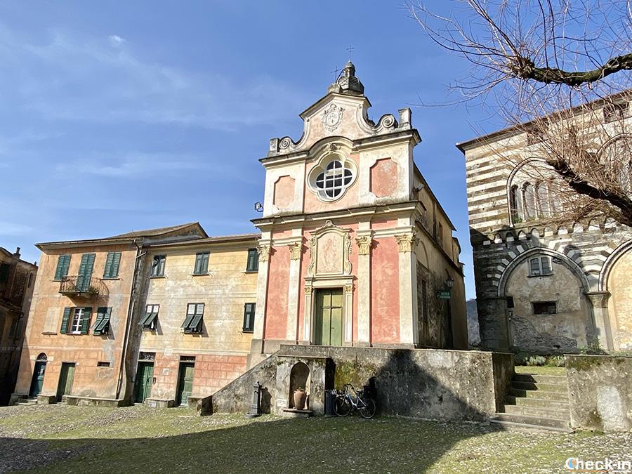 Cosa vedere vicino a Lavagna (GE): Piazza Innocenzo IV a San Salvatore dei Fieschi