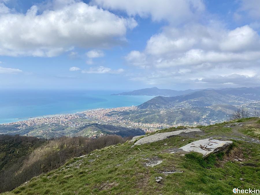 """Sentiero """"Costa San Giacomo"""" e M.te Rocchette (701 m) sopra Chiavari e Lavagna - Liguria di levante"""