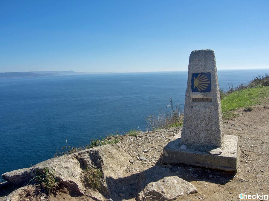 """Dónde está situado el """"kilómetro cero"""" del Camino de Santiago a Finisterre - Galicia, España"""