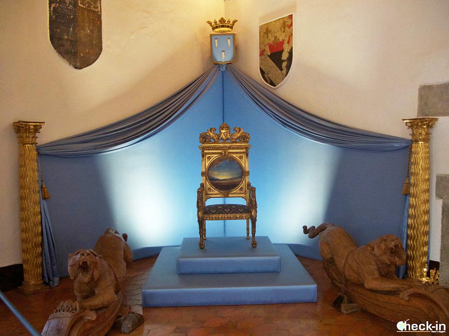 Tour del Castillo Gala Dalí en Púbol: el Salón de los Escudos