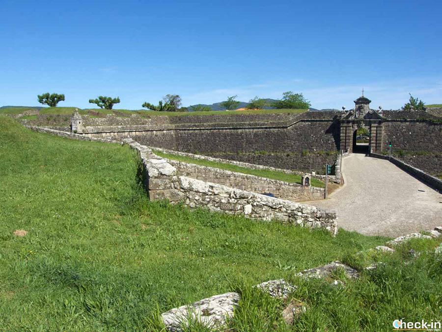 Paseo por la Fortaleza de Valença do Minho (Portugal)