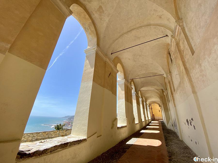 Logge di Santa Chiara a Borgo Parasio - Imperia, riviera ligure di ponente