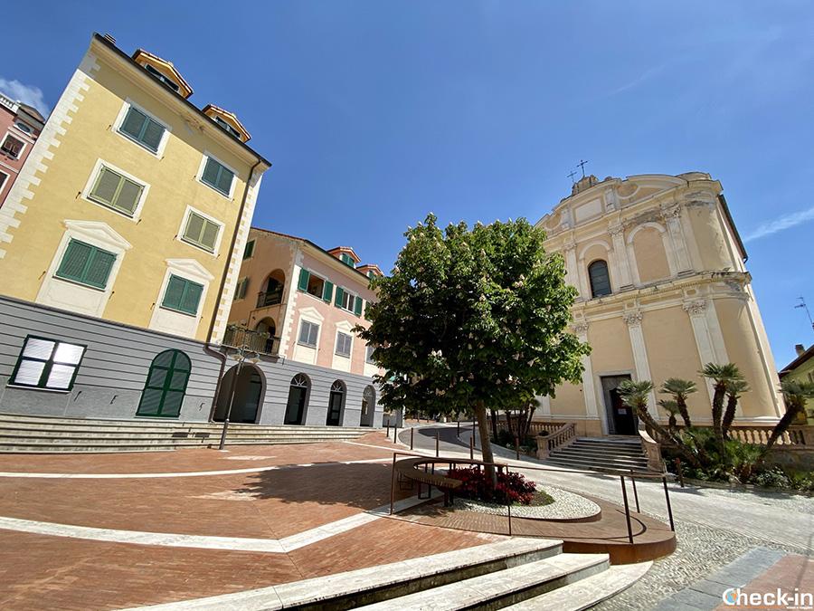 Monumenti religiosi in centro a Ospedaletti: Chiesa di San Giovanni Battista (Liguria di ponente)