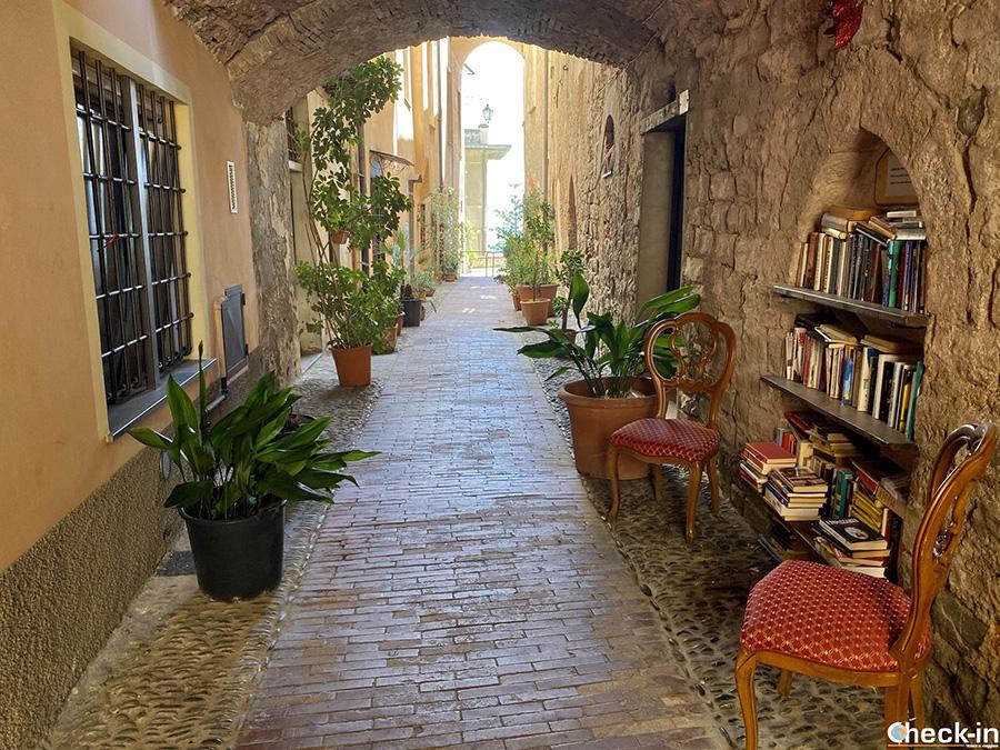 Cosa vedere nel centro storico di Imperia Porto Maurizio in un giorno (Liguria di ponente)