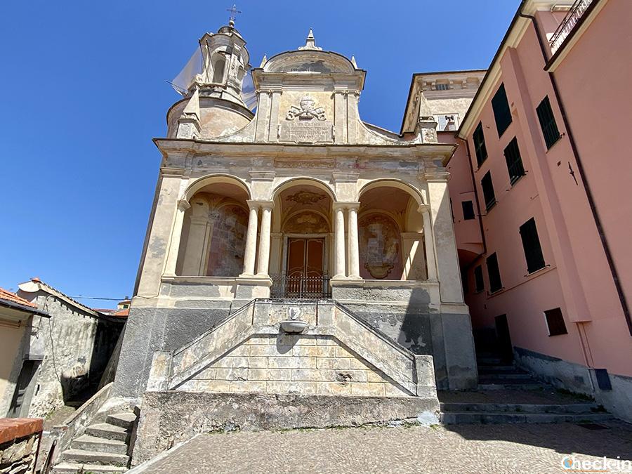 Cosa vedere sul promontorio del Parasio: Oratorio S. Pietro (Imperia Porto Maurizio)