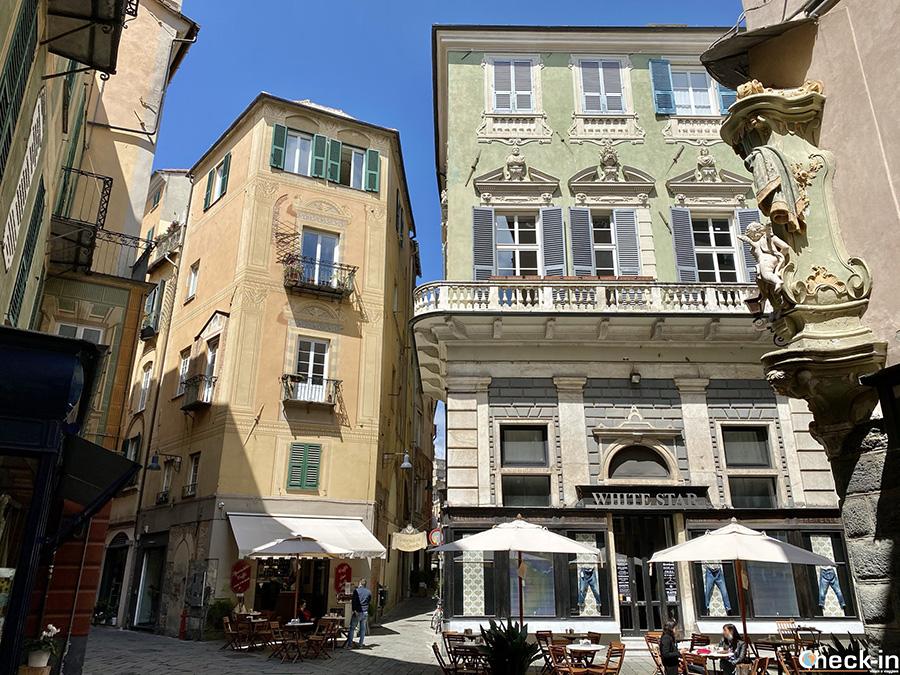 Tour del centro medievale di Savona: Piazza della Maddalena