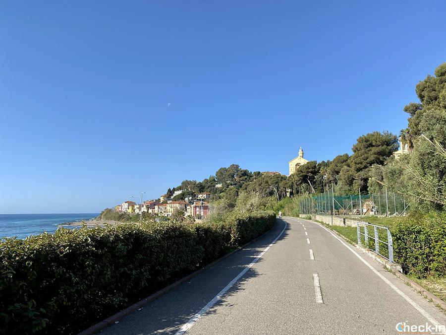 Percorso pista ciclopedonale del Ponente, da Ospedaletti a San Lorenzo al Mare: tappa a Bussana Nuova