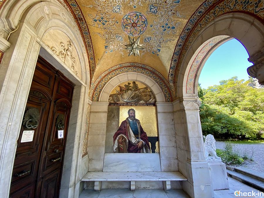 Opere d'arte nei Giardini Hanbury (Ventimiglia) - Mosaico di Marco Polo