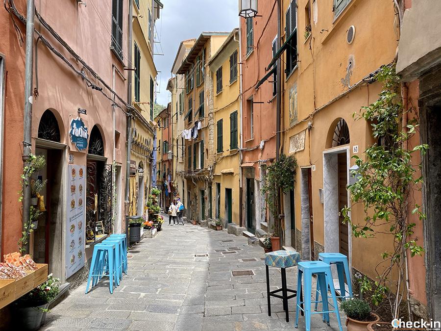 Via Giovanni Capellini - Borgo medievale di Portovenere (provincia di La Spezia)