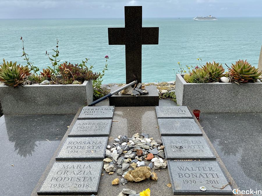 Walter Bonatti tomb in Portovenere cemetery - Eastern Liguria, Italy