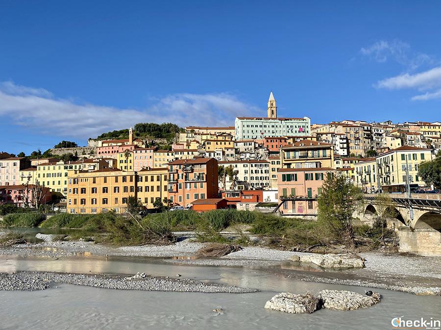 Itinerario turistico di 24 ore alla scoperta di Ventimiglia, vicino al confine francese