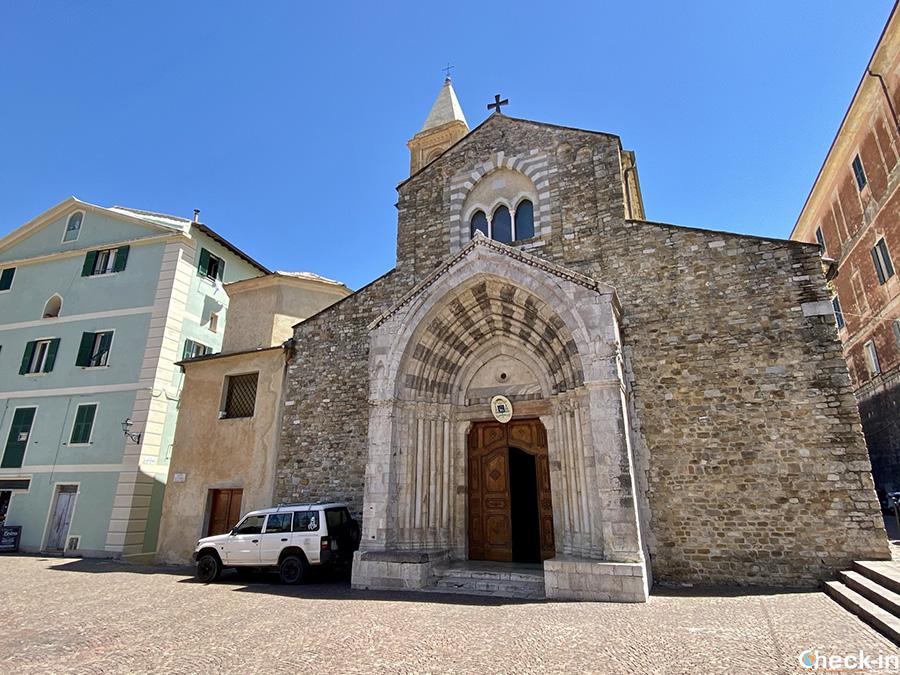 Cattedrale di Ventimiglia Alta e Battistero di S. Giovanni Battista - Provincia di Imperia, Liguria