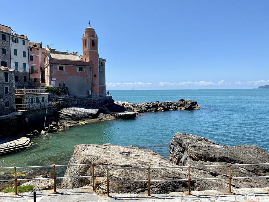 Storia della Chiesa di San Giorgio e la leggenda del polpo di Tellaro - Liguria di levante