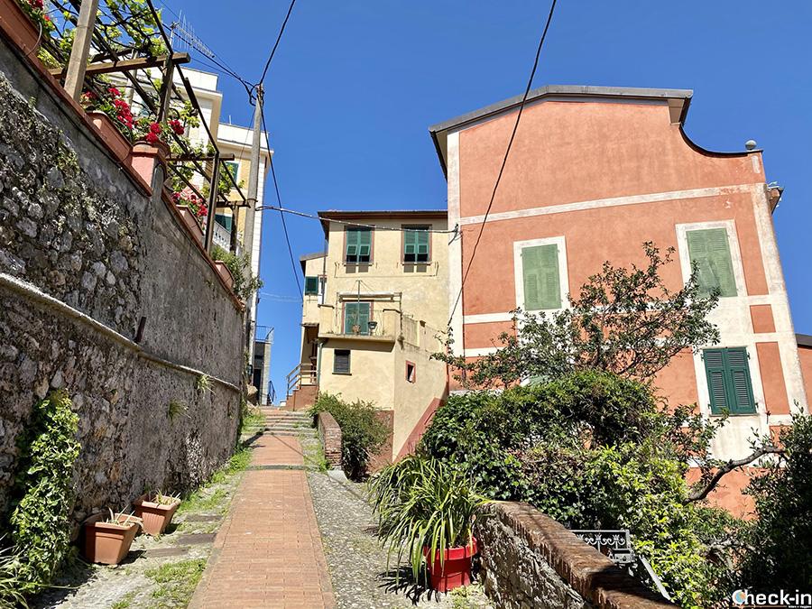Come si arriva al Castello di Lerici? Tour del Golfo dei Poeti in Liguria