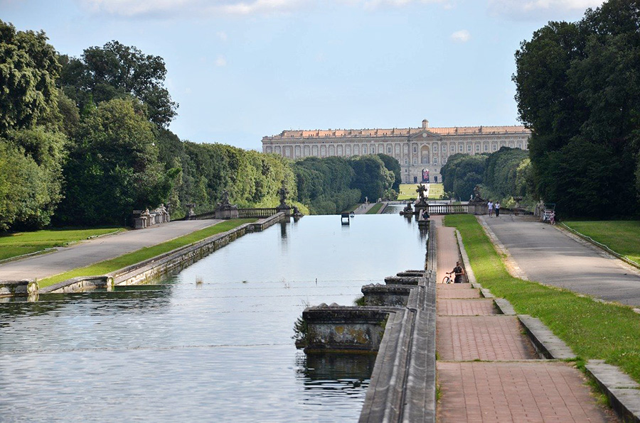 Guided tours from Naples to the Royal Palace of Caserta - UNESCO World Heritage Sites in Italy