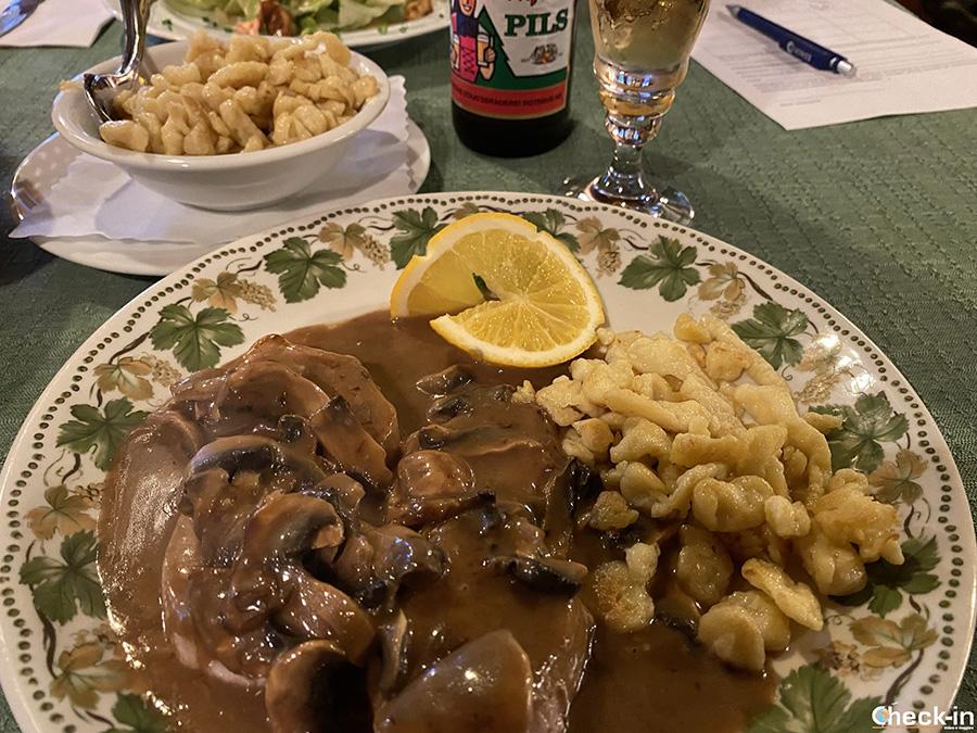 Cena tipica tedesca vicino al fiume Reno - Gasthaus zum Küssaberg