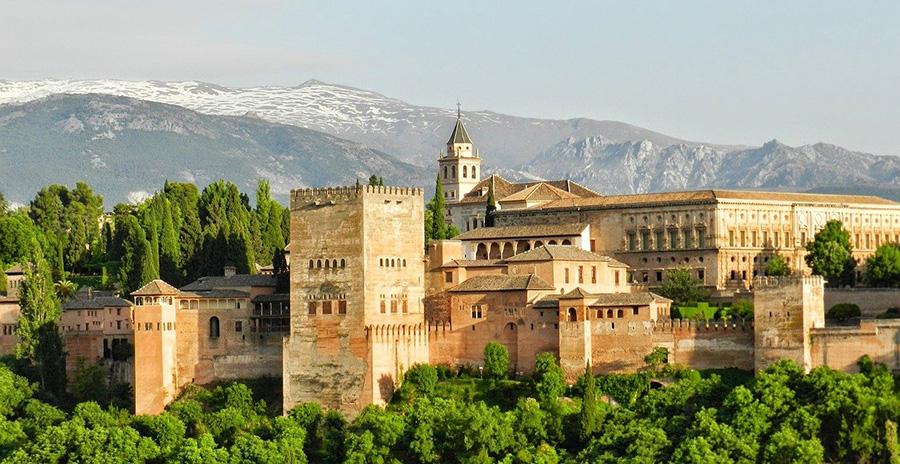Las 6 visitas guiadas más recomendadas de la Alhambra en Granada - Detalles y reservas con antelación