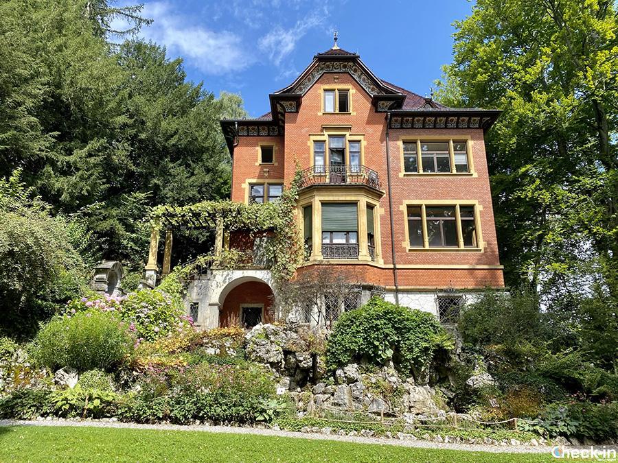 Villa Schönberg nel Parco Rieter, vicino al lago di Zurigo