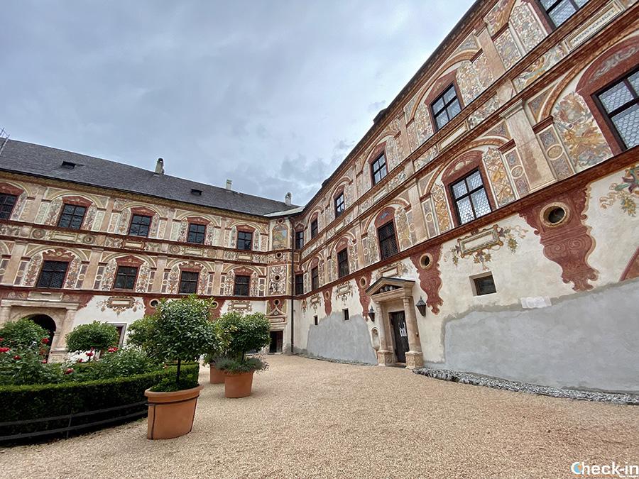 Visitare con la famiglia il Castello di Tratzberg vicino a Jenbach