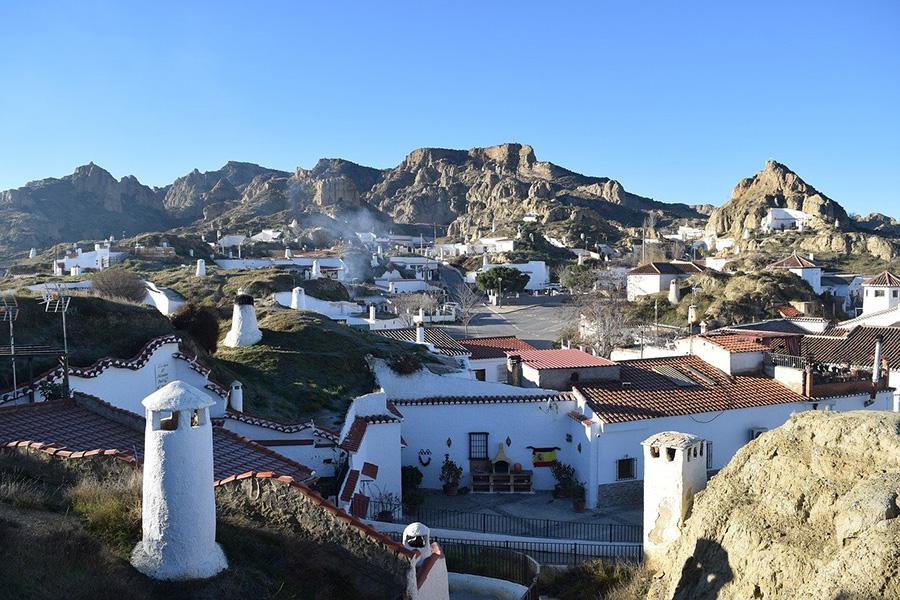 Mejores 9 tours de un día desde Granada y visita de pueblos andaluces: Guadix y Gorafe