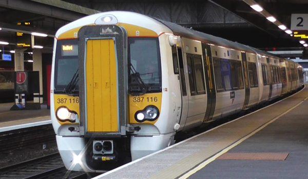Il Thameslink è il treno dei pendolari che unisce Gatwick ed il centro di Londra