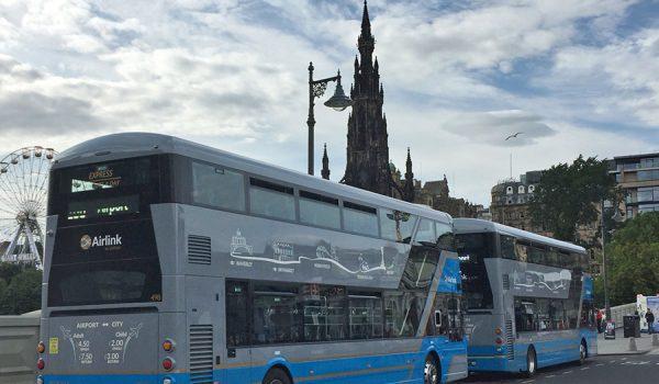 Cómo llegar al centro de Edimburgo desde el Aeropuerto: autobús Airlink 100