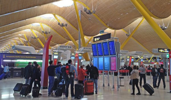 Atrio del Terminal 4 dell'aeroporto di Madrid Barajas