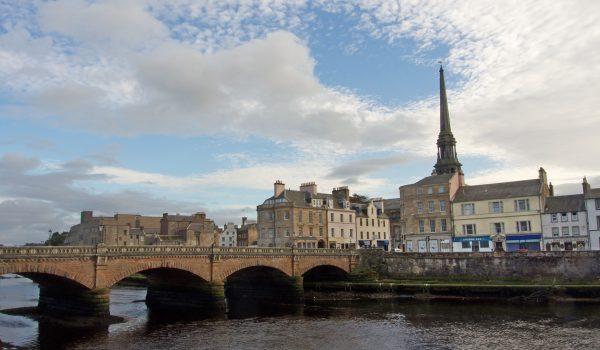 Il centro storico di Ayr ed il New Bridge