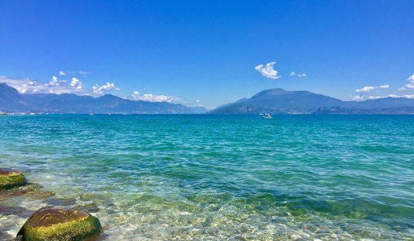 Angoli più suggestivi del lago di Garda, sponda lombarda (Sirmione)